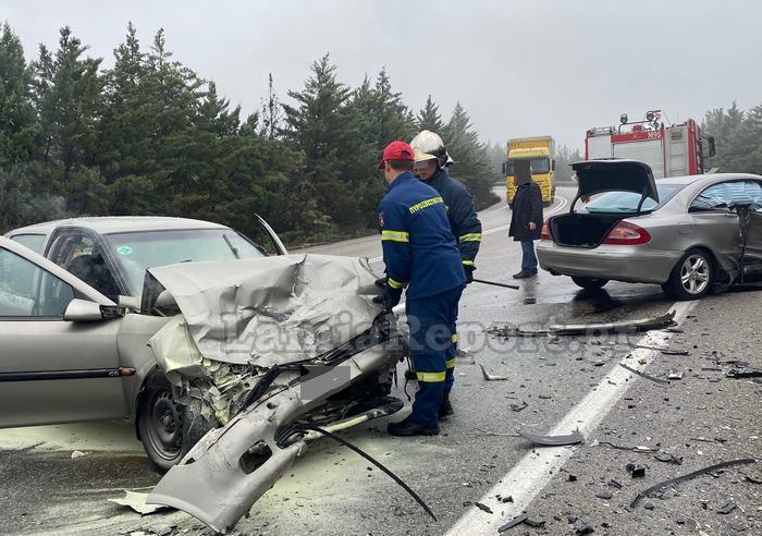 ΠΡΙΝ ΑΠΟ ΛΙΓΟ: Σοκαριστικό τροχαίο με τέσσερις τραυματίες