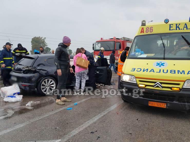 20181023 1550430 - Σοβαρό τροχαίο με μητέρα και μωρό - Μόλις βγήκαν από το μαιευτήριο της Λάρισας
