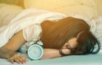 Με τόσες ώρες ύπνο κινδυνεύετε από καρδιαγγειακά προβλήματα