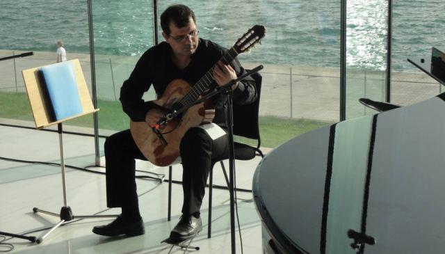 Με τον συνθέτη - κιθαριστή Γιώργο Παπαδόπουλο, ολοκληρώνεται το 3ο Φεστιβάλ Κιθάρας Αμφίκαιας
