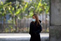 Κορωνοϊός: Ακόμα «θολό» το τοπίο για τις μάσκες – Οι κίνδυνοι και όσα είπε ο Τσιόδρας