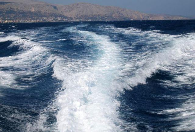 Φωνάζουν οι επαγγελματίες της Ανατολικής Φθιώτιδας για τα απόνερα των πλοίων