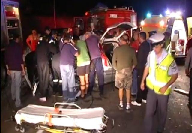 Αγροτικό «καρφώθηκε» πίσω από φορτηγό - Νεκρός ο οδηγός