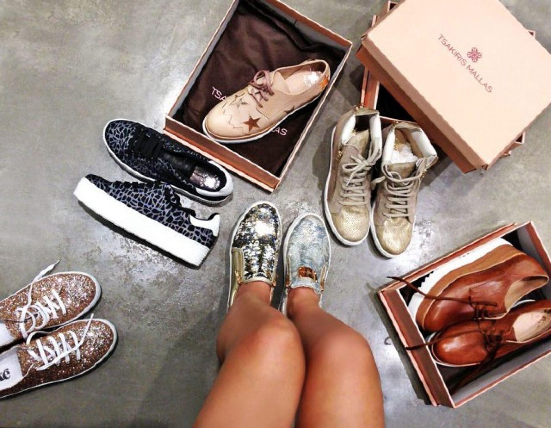 Πήγαμε για παπούτσια στο πολυκατάστημα ΠΟΛΙΤΙΚΟΣ και δοκιμάσαμε όλες τις  νέες τάσεις! caf7fb973ce