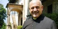 Ιταλία: Η viral ιστορία του ιερέα που έδωσε τον αναπνευστήρα του για να σωθεί κάποιος νεότερος