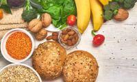 Πώς να τρώτε περισσότερες ίνες στην καθημερινή σας διατροφή