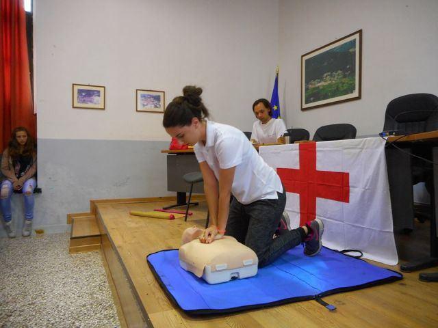 Σεμινάριο «Πρώτων Βοηθειών» στην Παύλιανη από το «Βοήθεια στο σπίτι» και τον Ελληνικό Ερυθρό Σταυρό