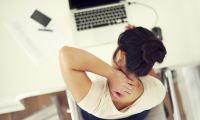Κάθεστε σε υπολογιστή; Προσοχή στους βασικούς κανόνες υγείας για μάτια και σώμα