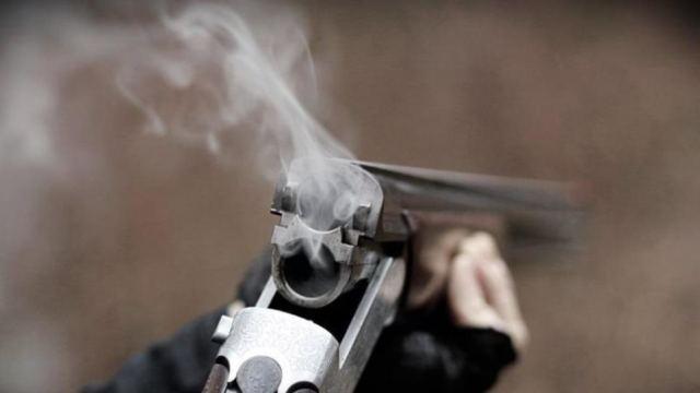 Λαμία: «Πυροβολούσε» με καραμπίνα το Θεό γιατί κόλλησε κορωνοϊό