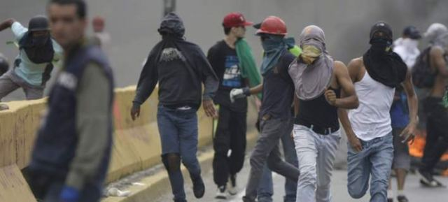 Αλλος ένας νεκρός στις διαδηλώσεις στη Βενεζουέλα -Ενας 15χρονος