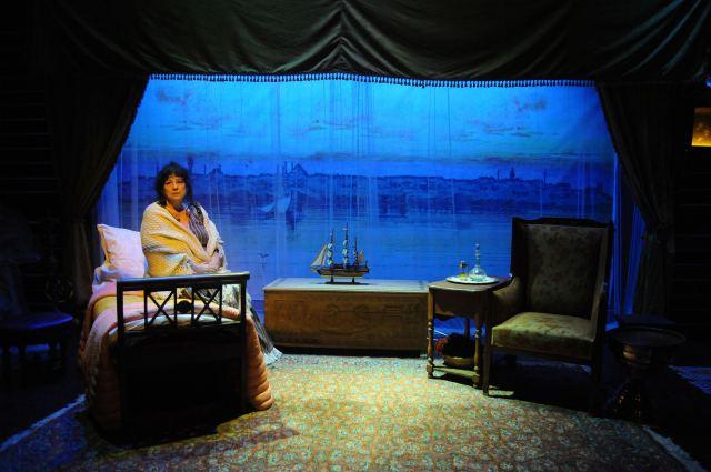 «ΛΩΞΑΝΤΡΑ» με την Άννα Βαγενά στο Δημοτικό Θέατρο Λαμίας