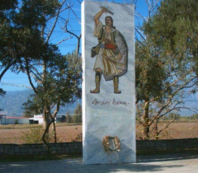 Παρατημένο το μνημείο του Διάκου στην Αλαμάνα