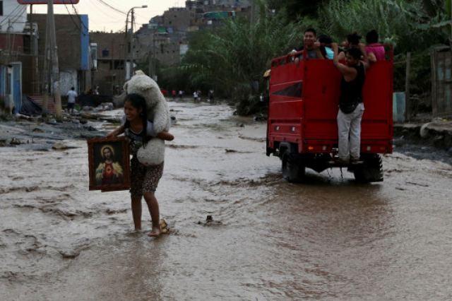 """""""Ραπίζει"""" το Περού το φαινόμενο Ελ Νίνιο! Συγκλονιστικές εικόνες καταστροφής"""